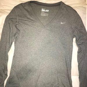 Nike dri-fit long sleeve T-shirt